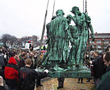 The Burghers on their way to Rome for a restauration, Thursday, March 8, 2001, at the Calais Town Hall